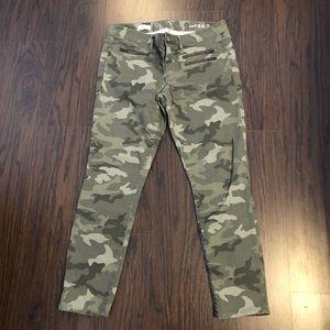 Gap 1969 jeans always skinny size 31 camo ankle